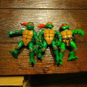 Raphael and Michaelangelo Ninja Turtles 2002
